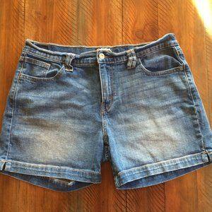 Levi's  Shorts 515 Denim Size 12 Levi